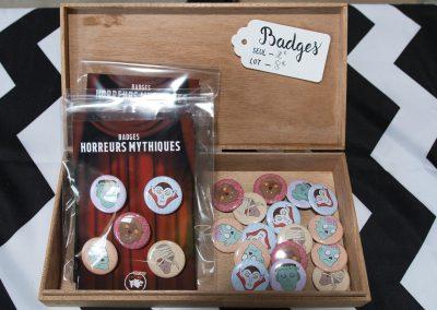 Vu sur les badges horreurs mythiques du stand du rat et l'ours au bloody week-end à Audicourt.